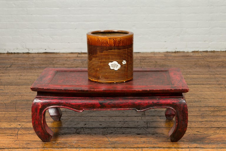 Japanese Meiji Period 19th Century Hibachi Planter with Burnt Patina and Flower In Good Condition For Sale In Yonkers, NY