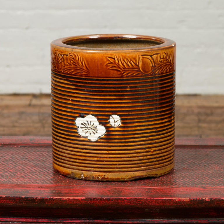Japanese Meiji Period 19th Century Hibachi Planter with Burnt Patina and Flower For Sale 3