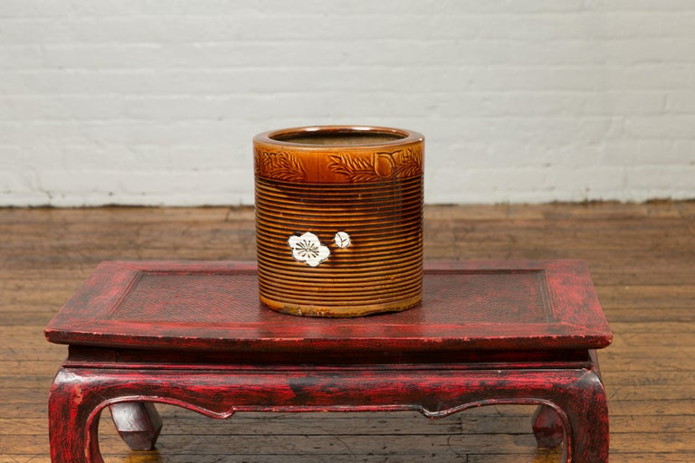 Japanese Meiji Period 19th Century Hibachi Planter with Burnt Patina and Flower For Sale 4