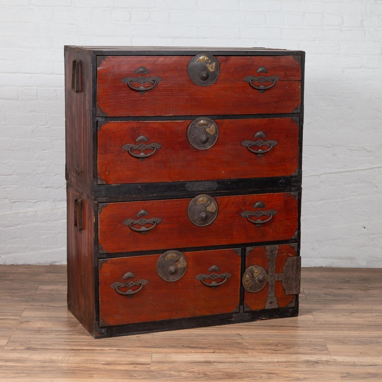 Japanese Meiji Period Two-Part Tansu Clothing Chest with Butterfly Motifs For Sale 5