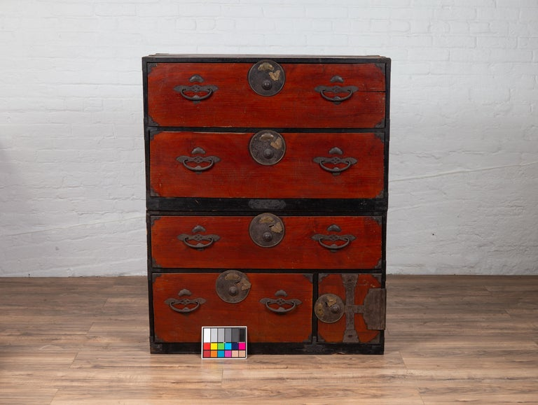 Japanese Meiji Period Two-Part Tansu Clothing Chest with Butterfly Motifs For Sale 9