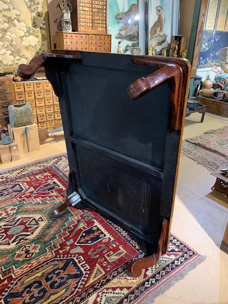 Hand-Crafted Japanese Mid-20th Century Wakasa Lacquer Table For Sale