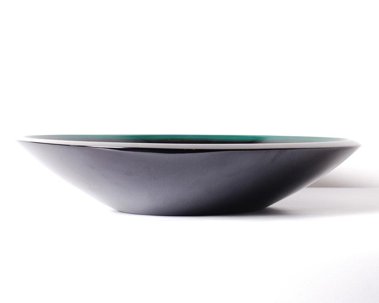 Mid-20th Century Japanese Midcentury Green Lacquer Bowl in Original Signed Box, circa 1960s For Sale