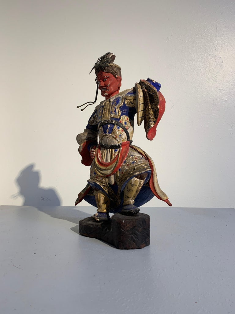 Japanese Painted Wood Figure of a Guardian King, Edo Period, 18th Century In Fair Condition For Sale In Austin, TX