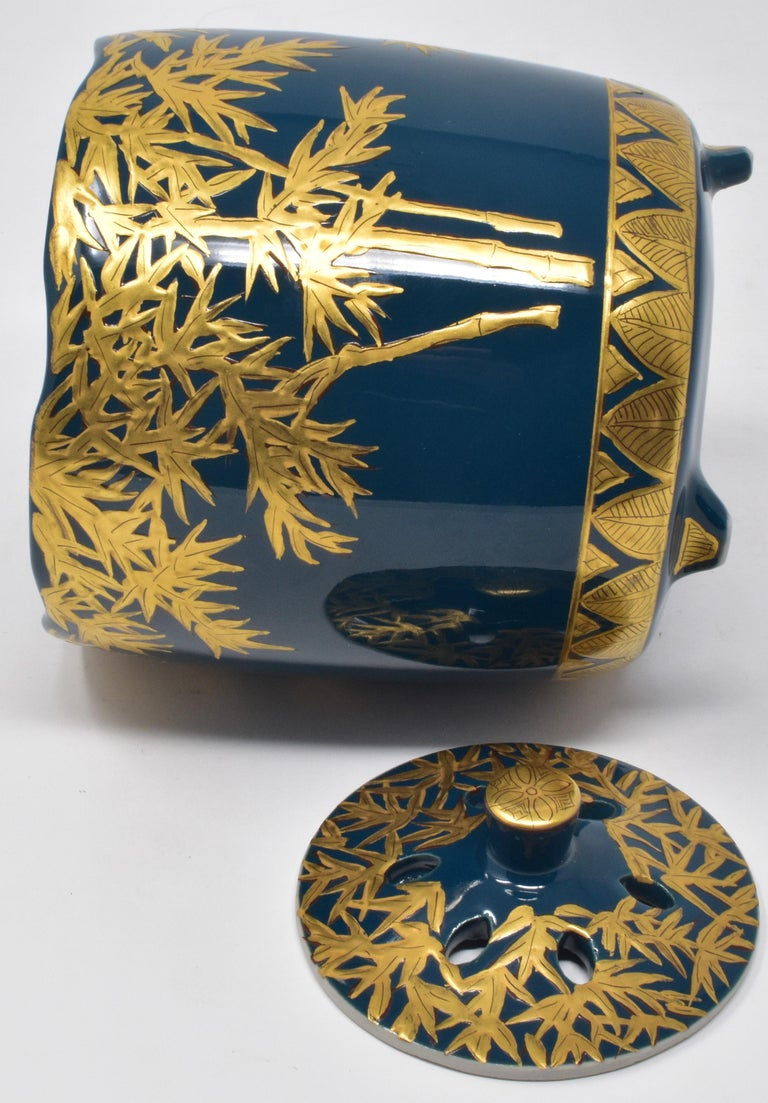 Hand-Painted Japanese Pure Gold Blue Porcelain Incense Burner by Contemporary Master Artist For Sale