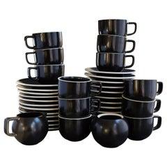 Japanisches Sasaki Matt-Schwarzes Kaffeeservice für 12, Entworfen von Massimo Vignelli