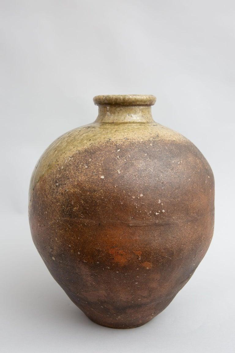 Japanese Shigaraki Grain Storage Jar In Good Condition For Sale In Hudson, NY