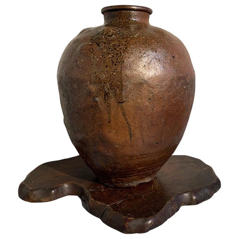 Japanese Shigaraki Large Storage Jar, Tsubo, Muromachi to Edo Period, circa 1600 For Sale