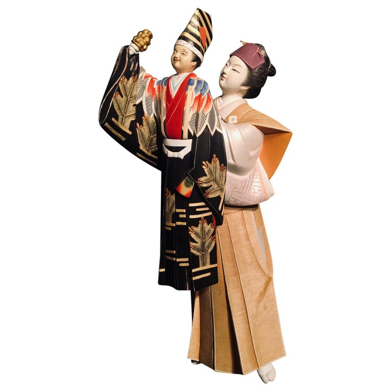 Japanese Showa Hakata Ceramic Doll of a Woman Puppeteer For Sale