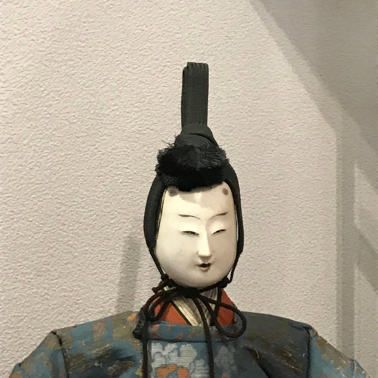 Japanese Superb Pair of TalI Imperial Princess & Prince Dolls, Edo Period, 1840 In Good Condition For Sale In Shelburne, VT