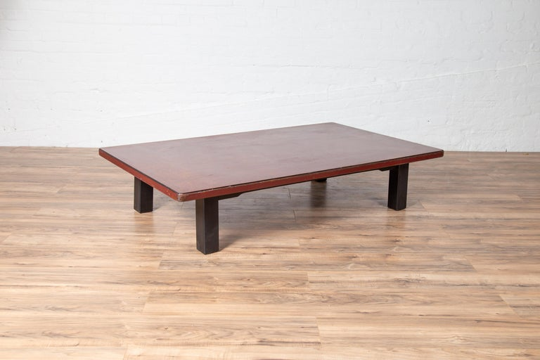 Lacquered Japanese Taishō Period Early 20th Century Coffee Table with Negora Lacquer For Sale