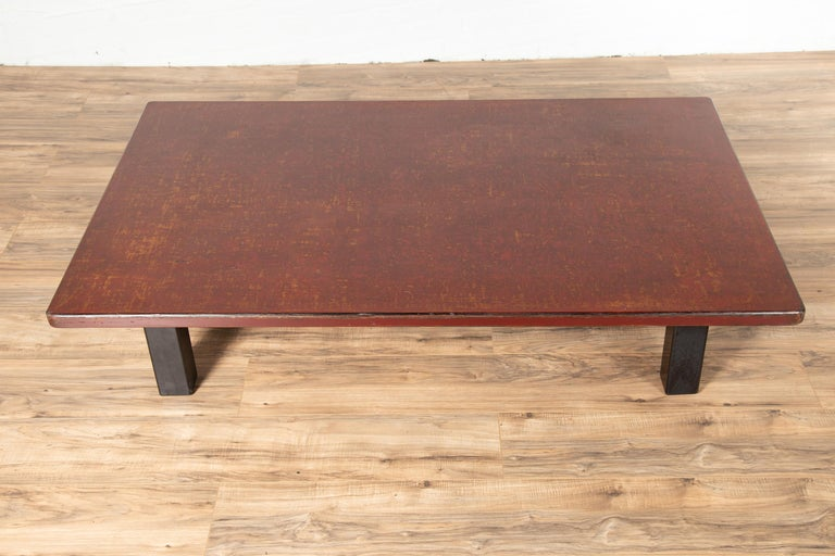 Japanese Taishō Period Early 20th Century Coffee Table with Negora Lacquer In Good Condition For Sale In Yonkers, NY
