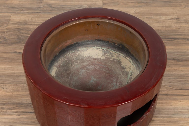 Metal Japanese Taishō Period Early Red Lacquered Circular Hibachi, Early 20th Century For Sale
