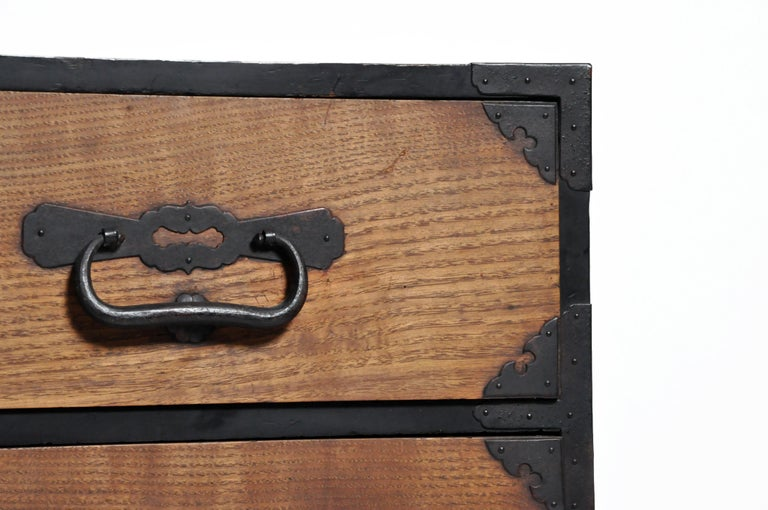 Japanese Tansu with Hand-Forged Hardware For Sale 1