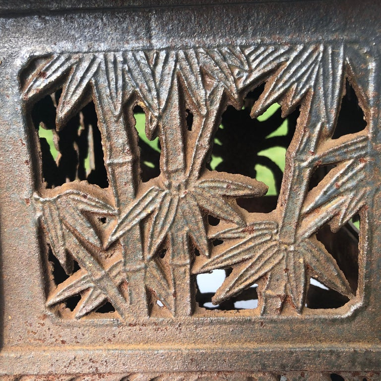 Iron Japanese Unique Old Hand Cast Bronze