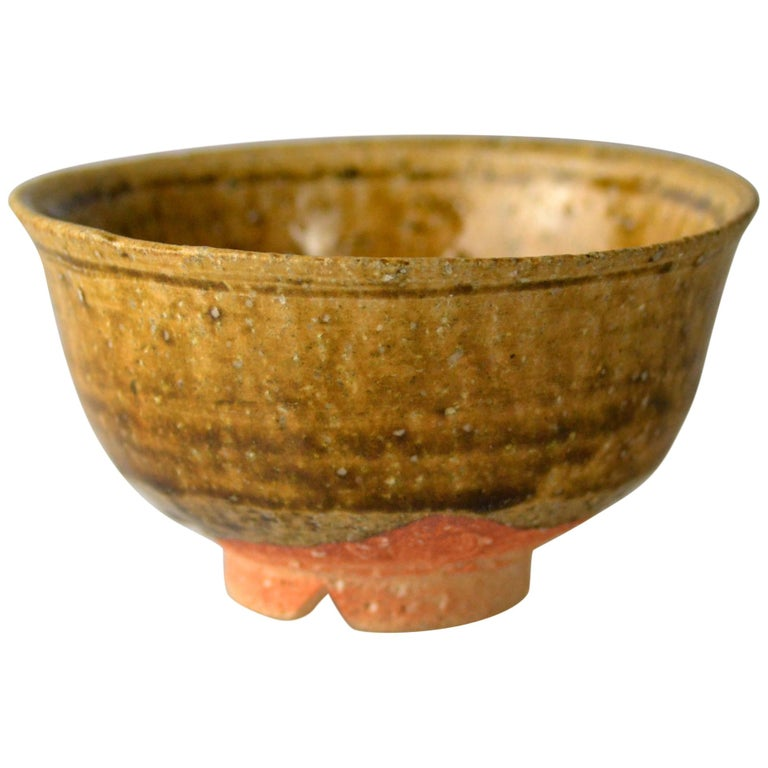 Japanese Woodfired Handmade Matcha Tea Bowl by Takahashi Rakusai IV For Sale