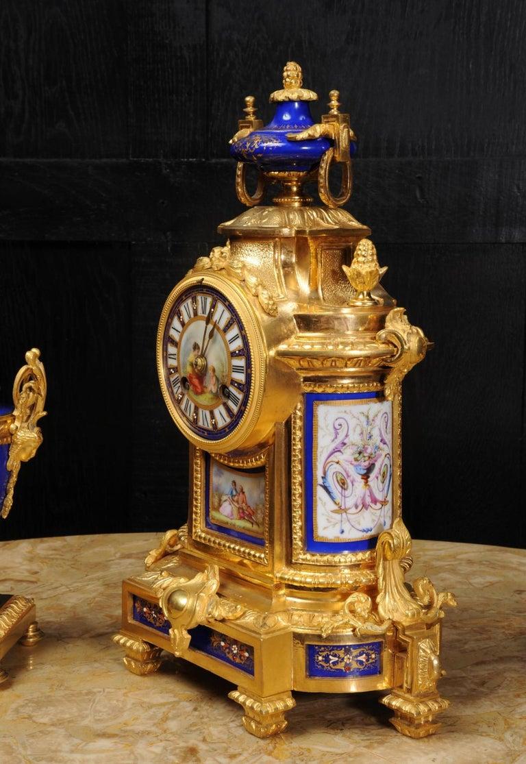 Japy Freres Messingbeschläge und Sevres Porzellan antike französische Uhr Set 12