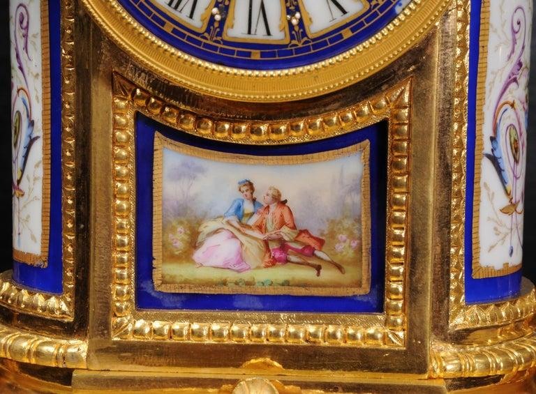 Japy Freres Messingbeschläge und Sevres Porzellan antike französische Uhr Set 16