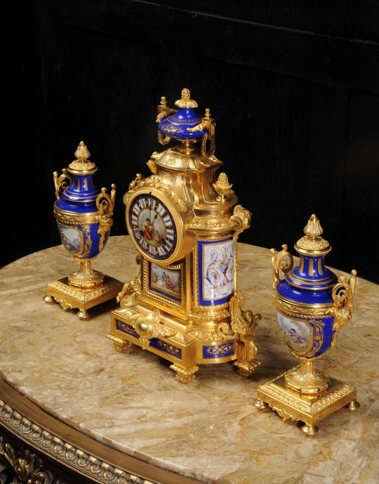 Japy Freres Messingbeschläge und Sevres Porzellan antike französische Uhr Set 6