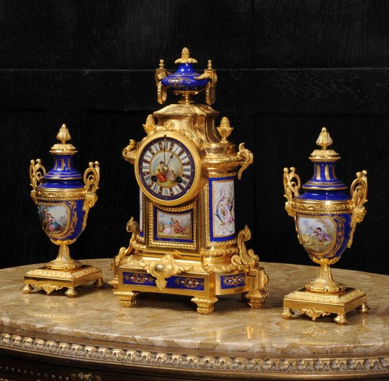 Japy Freres Messingbeschläge und Sevres Porzellan antike französische Uhr Set 7