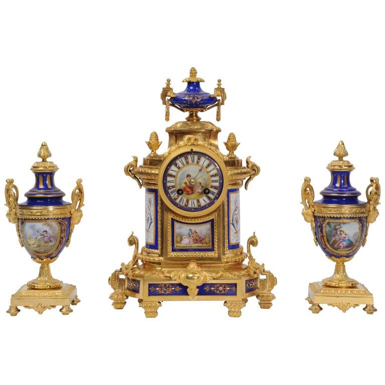 Japy Freres Messingbeschläge und Sevres Porzellan antike französische Uhr Set 1