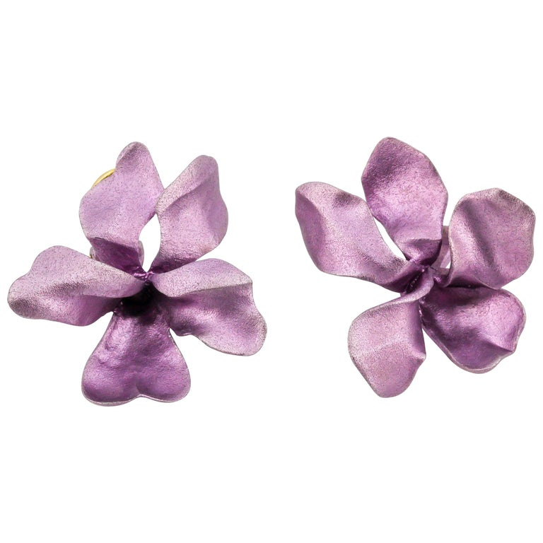 JAR Aluminium and Gold Pansy Earclips For Sale