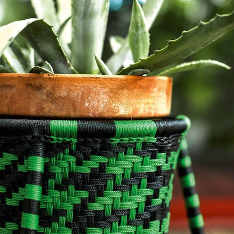 Jardin Suspendu Set of 4 Woven Baskets / Planters for Indoor and Outdoor In Excellent Condition For Sale In Rhinebeck, NY