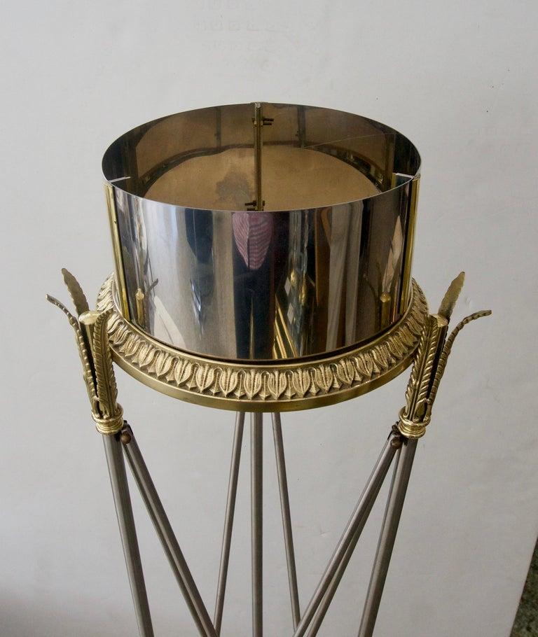 Jardinière Stand Pedestal For Sale 2