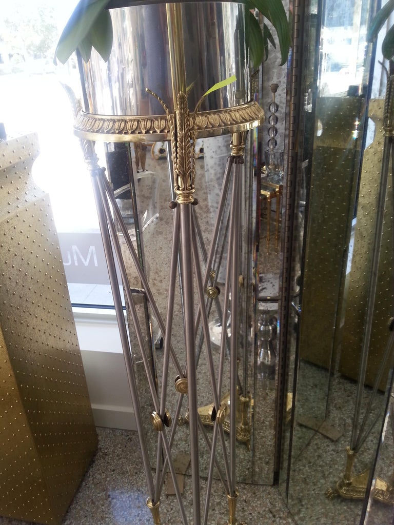 Mainson Jansen style jardinière pedestal in stainless steel and brass with high-quality chasework.