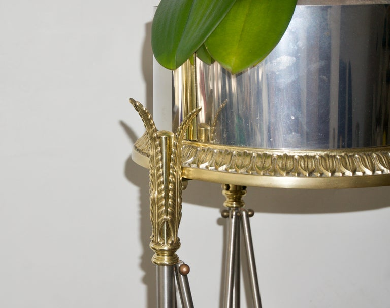 Jardinière Stand Pedestal In Good Condition For Sale In West Palm Beach, FL