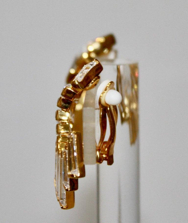 Tappered  zircon baguettes on vermeil. Clip earrings