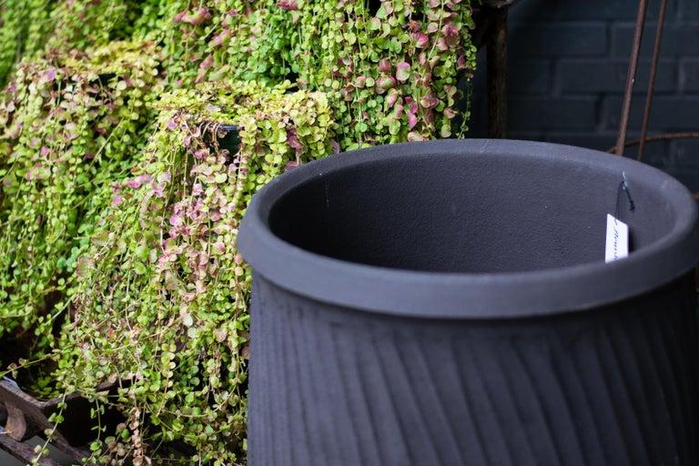 Jarre a Huile Strie Terre Noir Poterie de la Madeleine In Fair Condition For Sale In Bloomfield Hills, MI