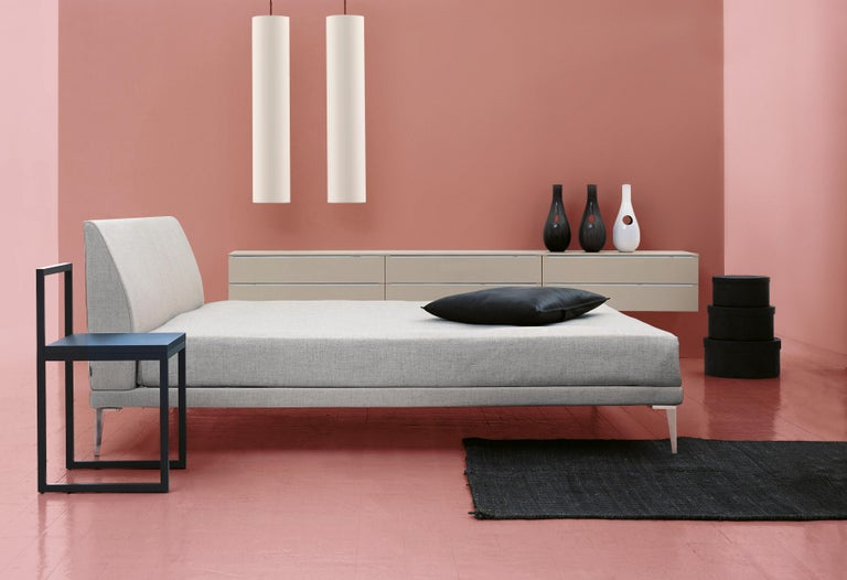 Characterized by the authentic appeal of a true archetype, bed by Jasper Morrison has held a well-earned place in the Cappellini collection for nearly 30 years. This padded bed has a metal and wood frame with staves, the padding is in multi-density