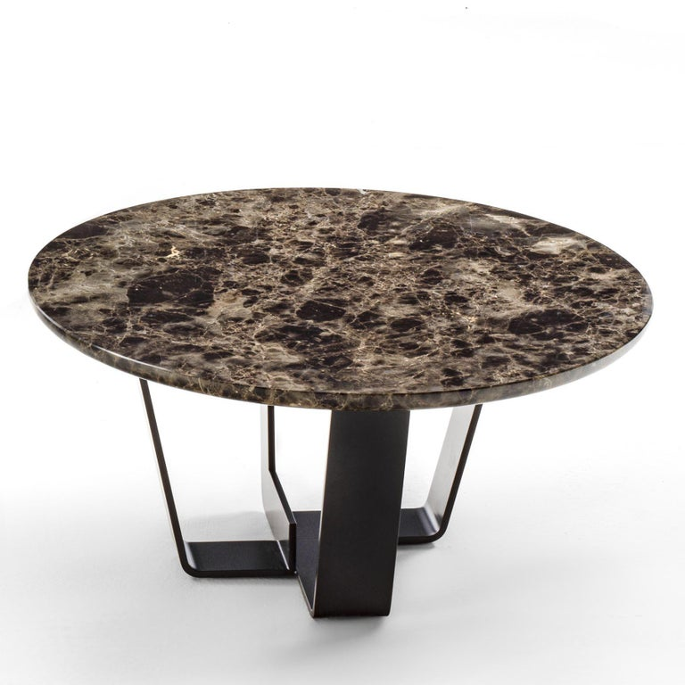 Coffee table Jay Marble with base structure in  lacquered iron in irondust finish. With emperador dark marble top. Also available with verde alpi marble top.