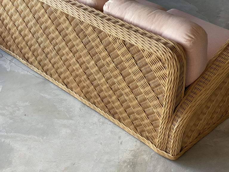 Jay Spectre, Sofa, Rattan / Wicker, Fabric, Century United States, 1980s In Good Condition For Sale In West Palm Beach, FL