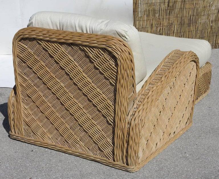 Jay Spectre Steamer Wicker Chaise Longue Chair In Excellent Condition For Sale In West Palm Beach, FL