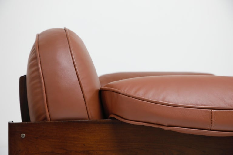 J.D. Moveis e Decoracoes Brazilian Rosewood and Leather Lounge Chairs, 1960s For Sale 7