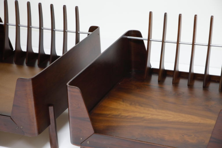J.D. Moveis e Decoracoes Brazilian Rosewood and Leather Lounge Chairs, 1960s For Sale 14