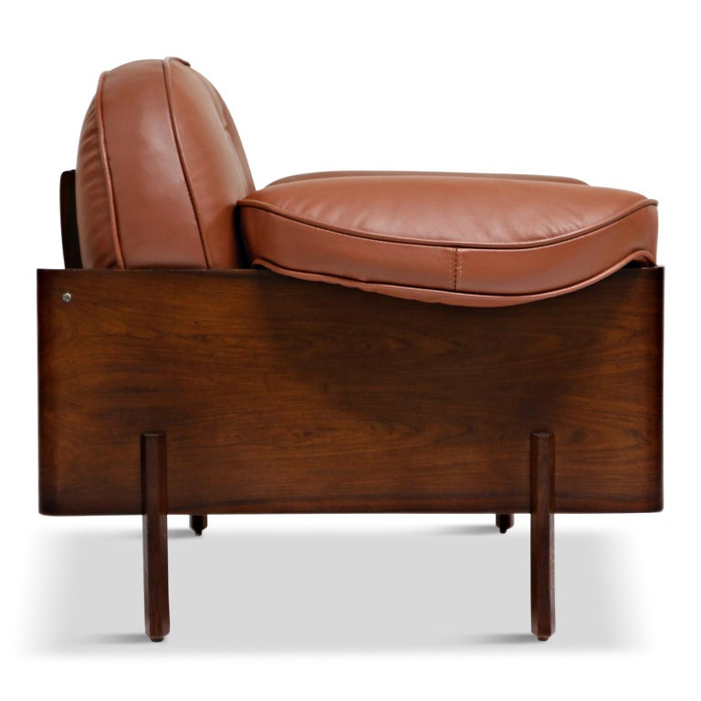 J.D. Moveis e Decoracoes Brazilian Rosewood and Leather Lounge Chairs, 1960s For Sale 3