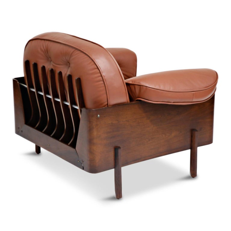 J.D. Moveis e Decoracoes Brazilian Rosewood and Leather Lounge Chairs, 1960s For Sale 4