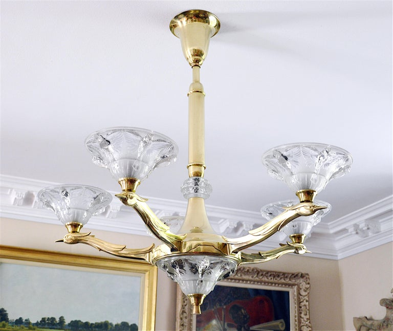 French Art Deco chandelier by Boris Lacroix (Paris), France, 1930s. 6 thick opalescent molded glass shades. 5 paradise birds as pattern. Measures: Height 34