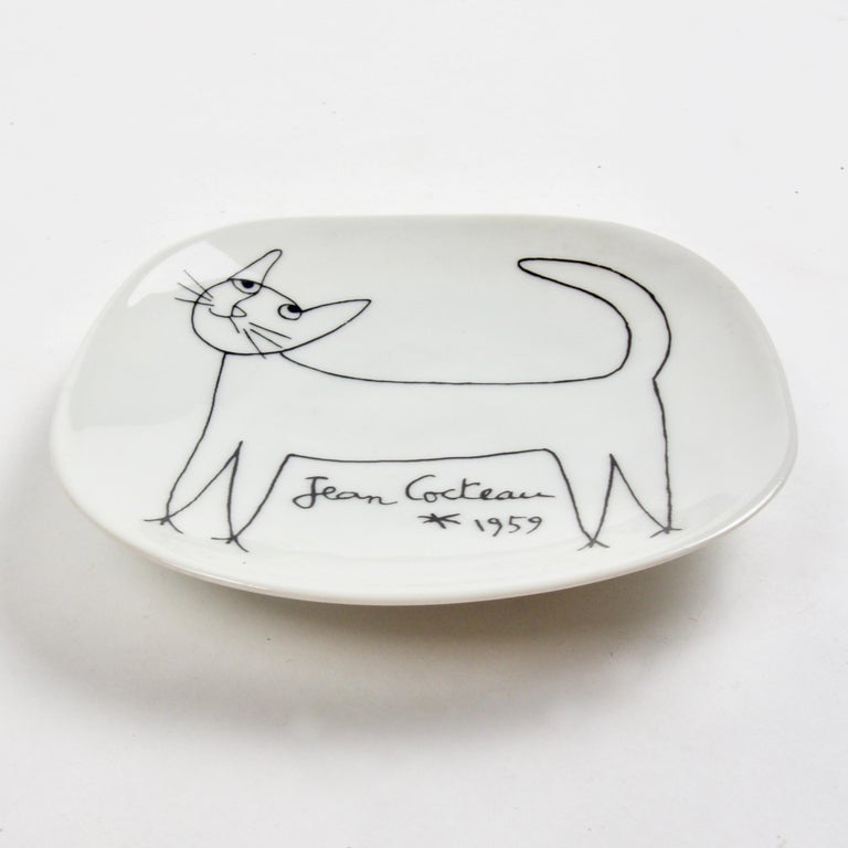 Jean Cocteau Porcelain Dish for Limoges, 1959 In Good Condition For Sale In London, GB
