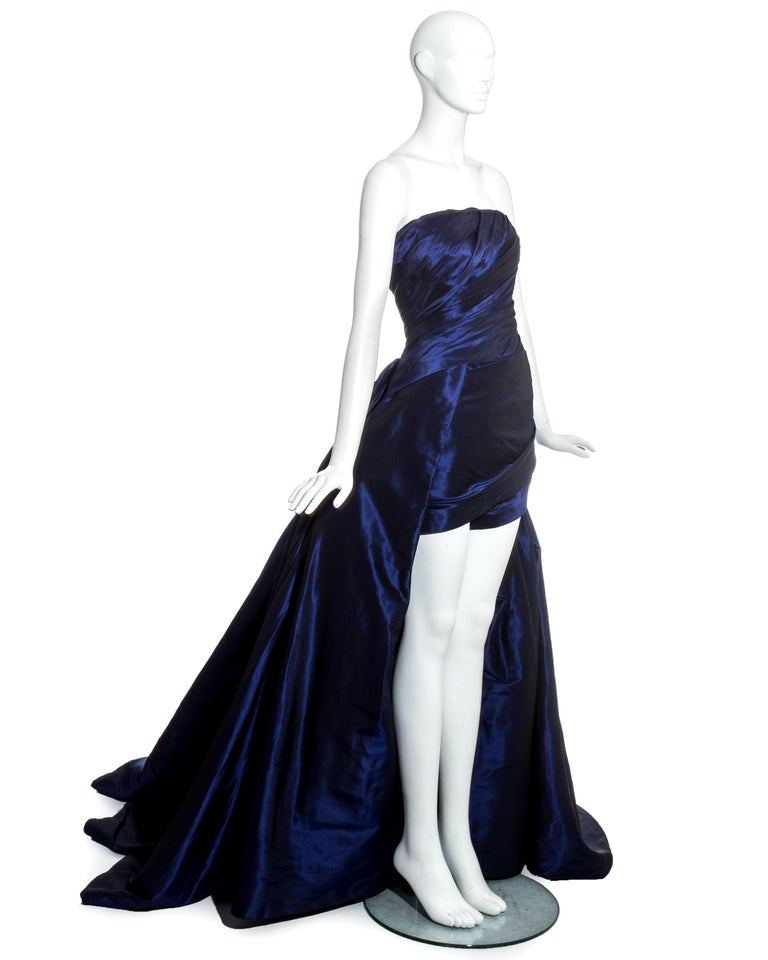 Black Jean-Louis Scherrer blue taffeta evening gown with sweeping train, ss 1994 For Sale