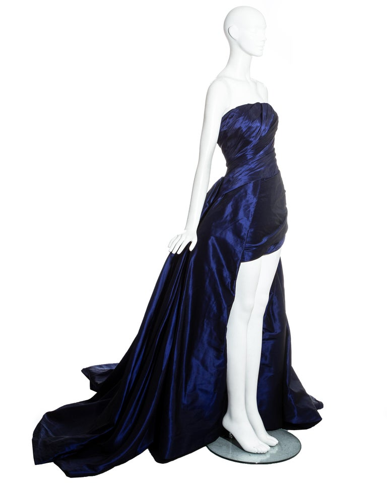 Women's Jean-Louis Scherrer blue taffeta evening gown with sweeping train, ss 1994 For Sale