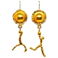 Jean Mahie 22 Karat Hammered Yellow Gold Earrings
