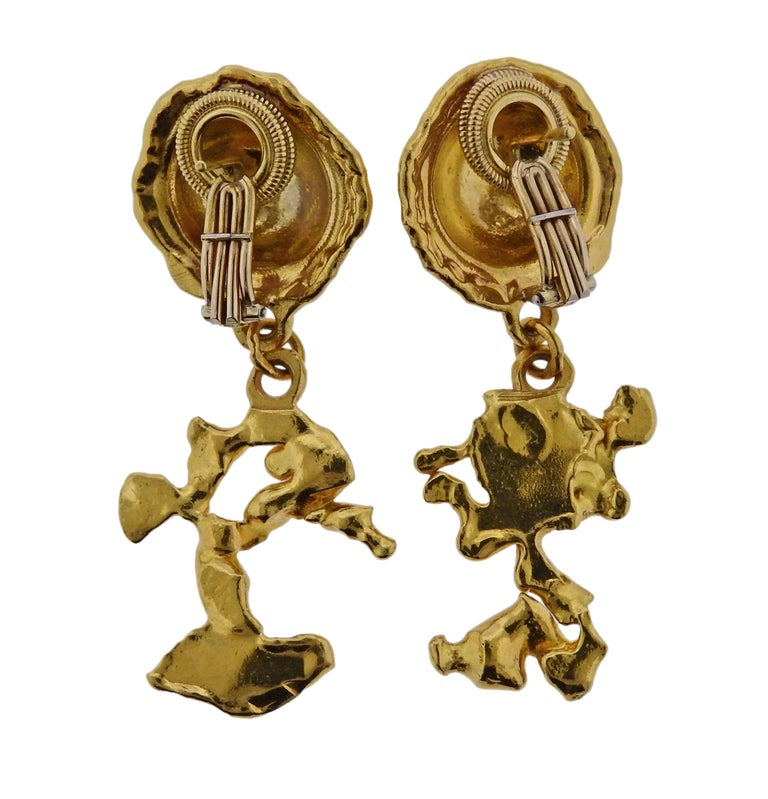 Jean Mahie Gold Charming Creatures Drop Earrings In Excellent Condition For Sale In Boca Raton, FL
