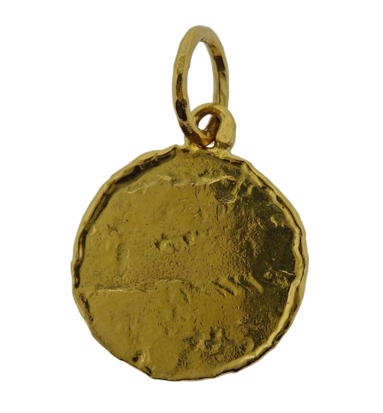 Jean Mahie Gold Charming Creatures Pendant In Excellent Condition For Sale In Boca Raton, FL