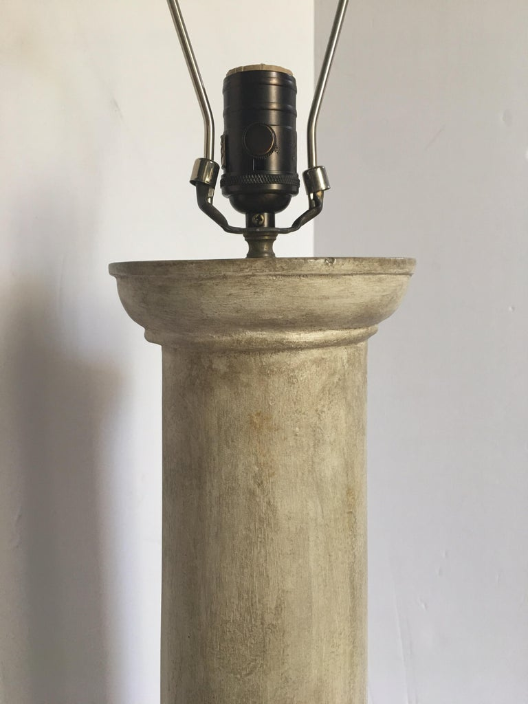 Jean-Michel Frank Style Modern Plaster Column Table Lamp In Good Condition For Sale In Lambertville, NJ