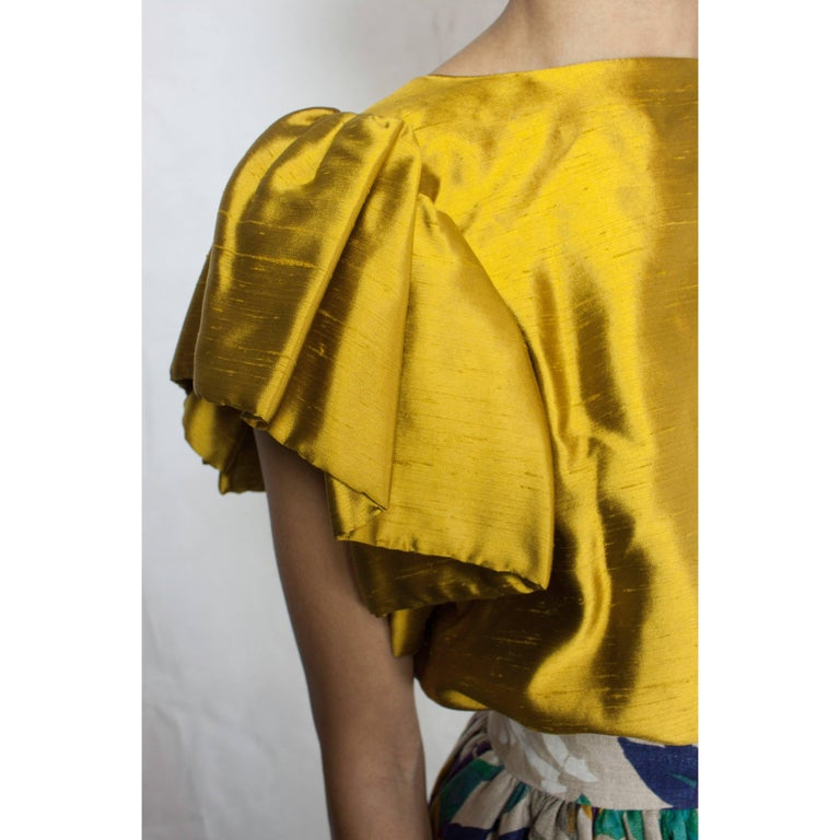 Women's Jean Patou two pieces silk and natural linen skirt evening ensemble, c.1970s For Sale