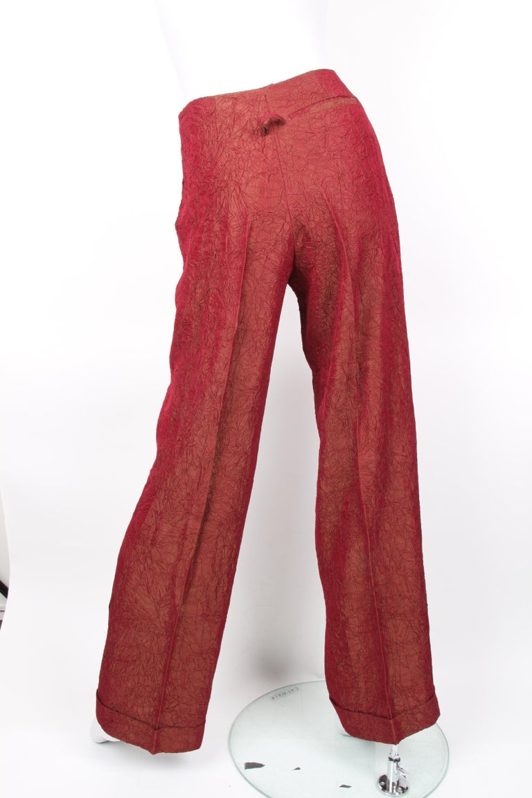 Women's or Men's Jean Paul Gaultier backless two-piece suit in red iridescent crinkle rayon For Sale